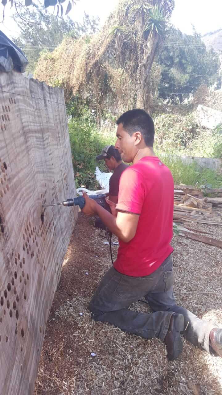 Plan de Digitalización Guatemala. Elaboración de muebles de Único.