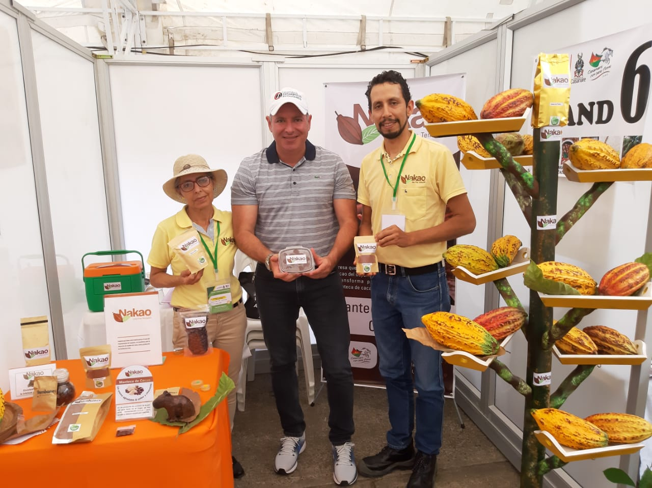 Nakao. Stand con producto